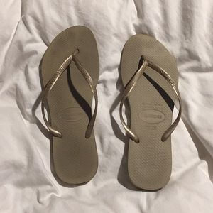 Havaianas, used a few times, 10 (41-42)